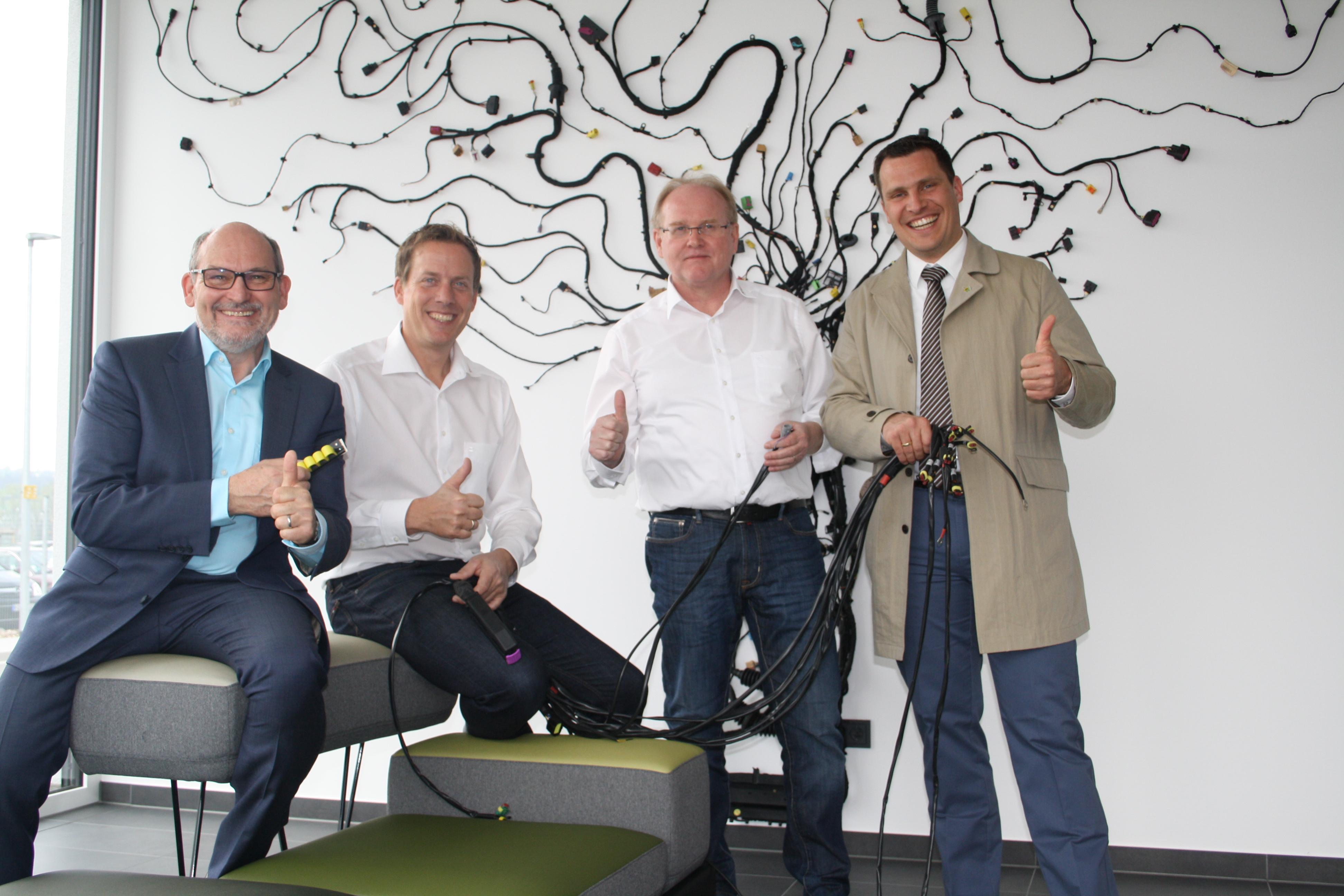 KABATEC und Wigbertschule schließen Kooperationsvertrag